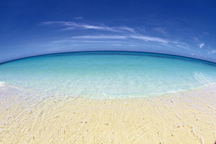 大学の夏休みに沖縄本島・恩納村のホテルでリゾートバイト