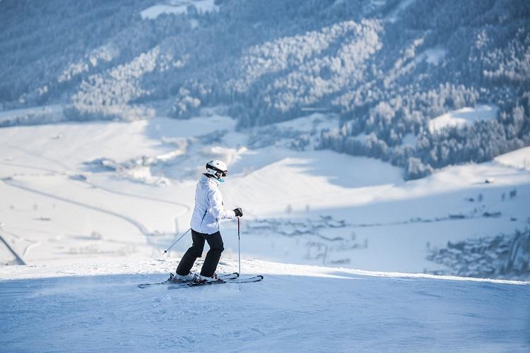 冬の北海道のキロロリゾートスキー場で貯金ができるリゾートバイト