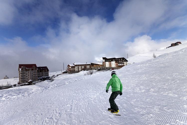 スキー場のある福島県猪苗代のリゾートホテルでアルバイト