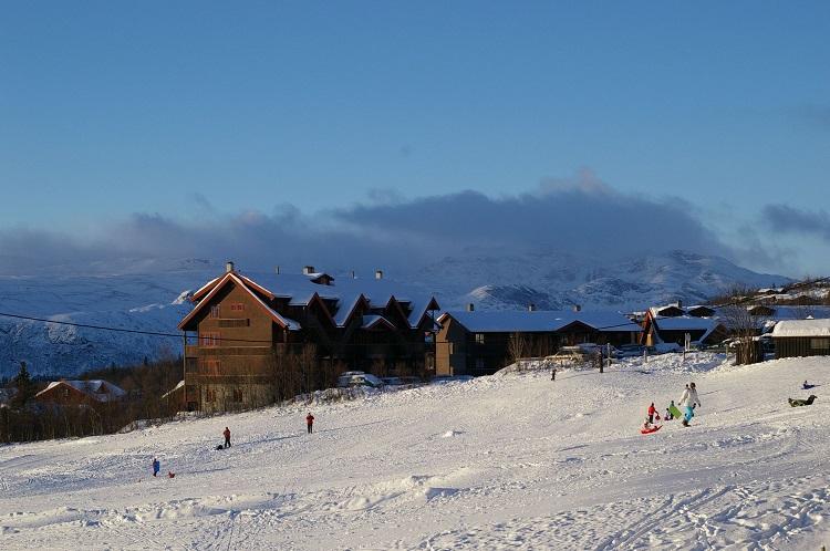 冬の11月に新潟県岩原スキー場にあるホテルでリゾートバイト