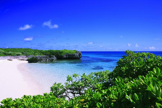 リゾートバイト求人誌で探した宮古島のキャバクラで長期住み込みアルバイト