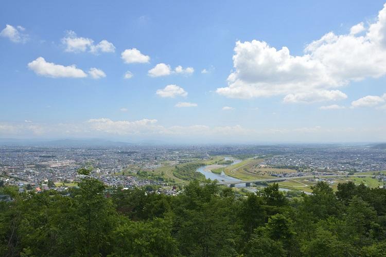 北海道旭川市の遊園地兼スキー場でGWから冬までのリゾートバイト